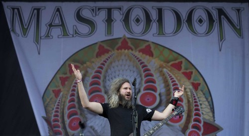Heavy metal band Mastodon becomes first major-label artist to accept bitcoin - Los Angeles Times