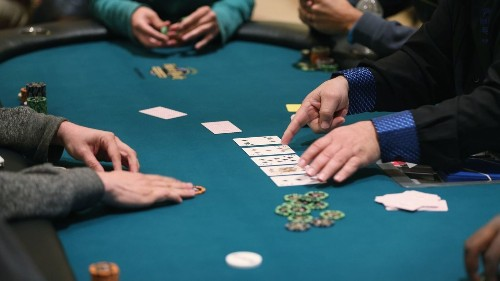 Want to learn poker? Beware the serious risk of gambling addiction - Los Angeles Times