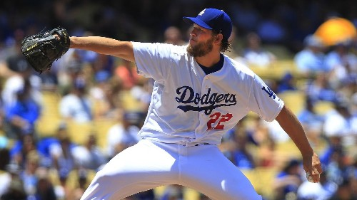 Clayton Kershaw dominates Cardinals; Dodgers move into tie for first