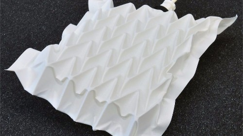 Inspired by origami, scientists build artificial muscle that lifts 1,000 times its own weight