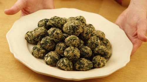 Make this spinach balls recipe for a simple Thanksgiving appetizer - Los Angeles Times