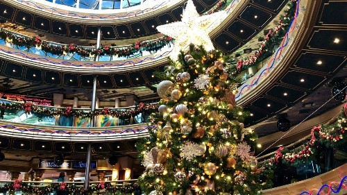 Cruise lines deck the decks for the holidays: Carnival decorated 550 trees, and Princess plans daily snowfalls - Los Angeles Times