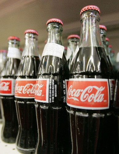 No, Mexican Coke sold in U.S. won't be sweetened with corn syrup