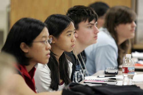 Study examines achievement gap between Asian American, white students - Los Angeles Times