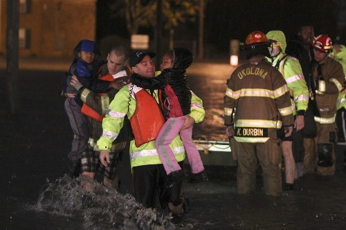 Two dead after storms, flooding in Kentucky - Los Angeles Times