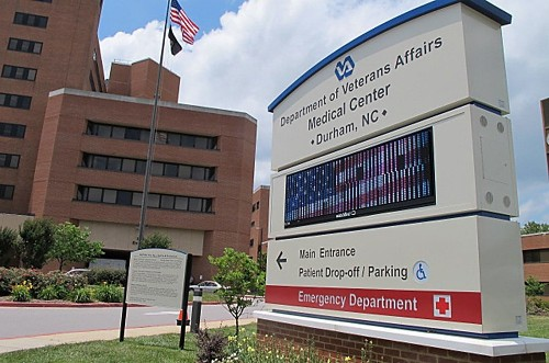 Black patients fare better than whites when both get same healthcare, study finds - Los Angeles Times