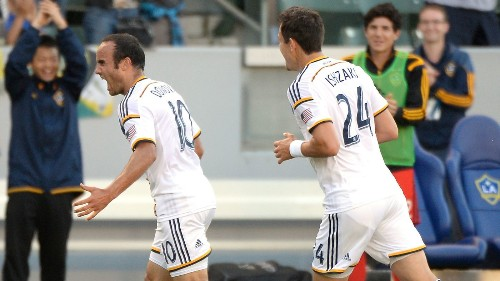 Landon Donovan sets MLS all-time scoring record - Los Angeles Times