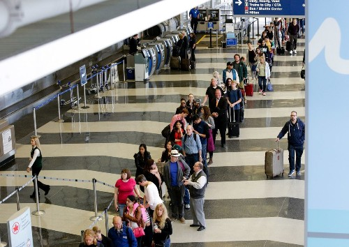 American Airlines puts $4 million toward cutting TSA lines