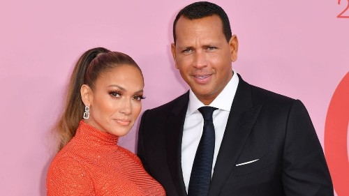 Alex Rodriguez won over Jennifer Lopez with a thougthful, all-caps F-bomb text