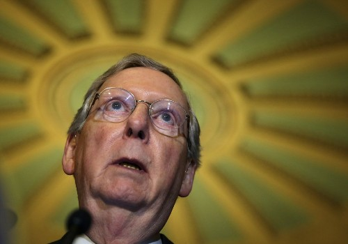 Deal to avoid another government shutdown struggling in Senate - Los Angeles Times