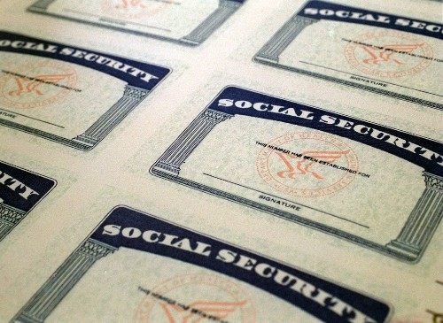 How to decide when to start receiving Social Security benefits - Los Angeles Times