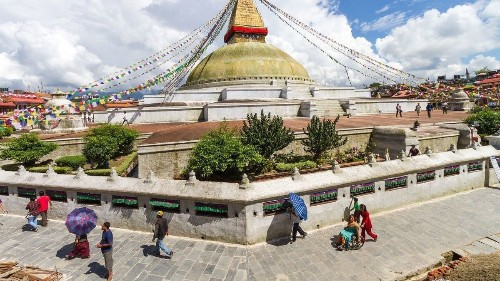 Nepal photo tour turns the camera on wildlife and culture