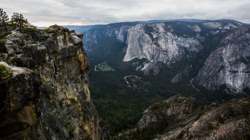 Couple who died after fall in Yosemite were intoxicated, according to autopsy reports - Los Angeles Times