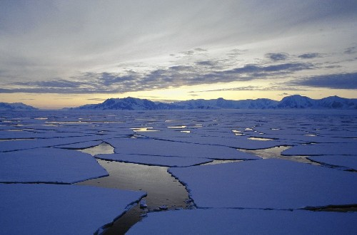 Does Antarctic sea ice growth negate climate change? Scientists say no