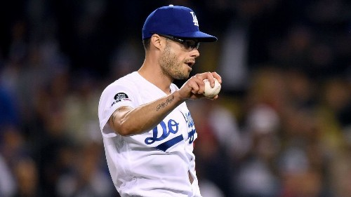 Dodgers' Joe Kelly seeks answers to struggles by constantly tinkering