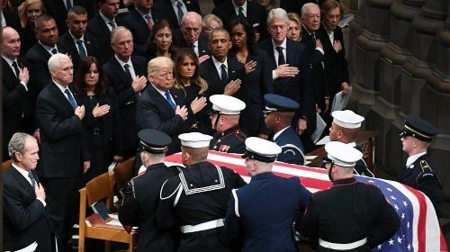 Trump was the 'pariah in the room' at George H.W. Bush's funeral - Los Angeles Times