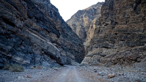 National park tips: This rugged Death Valley road is a white-knuckle challenge for four-wheelers