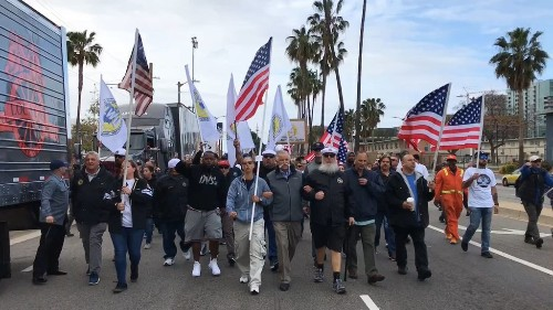 Port of L.A. automation vote is delayed after dockworkers protest