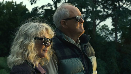 Blythe Danner and John Lithgow find love late in life in 'The Tomorrow Man'