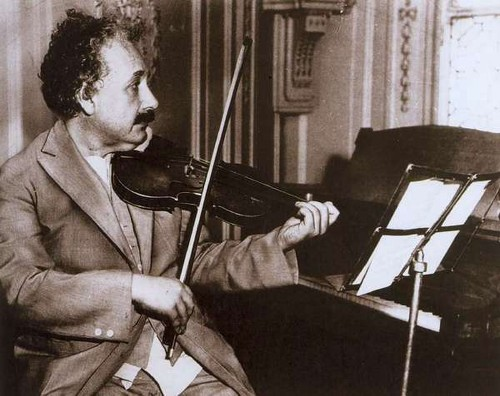 Einstein's brain a wonder of connectedness