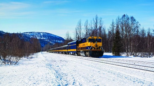 Take a New Year's Eve train to see northern lights in Alaska