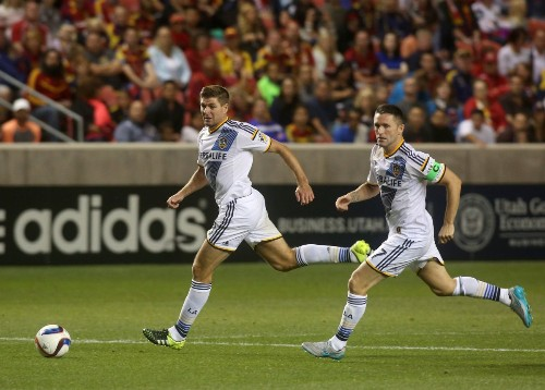 Galaxy beats FC Dallas, 3-2, to end drought