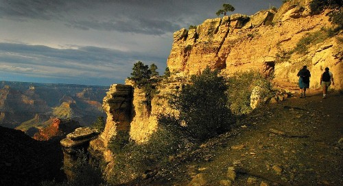 He hiked the Grand Canyon in a day, on the lookout for blisters and ooh-aah views - Los Angeles Times