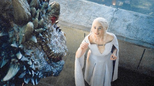 'Game of Thrones' enters Season 5 at war with it all