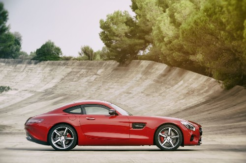 Mercedes targets Porsche 911 with all-new AMG GT sports cars - Los Angeles Times