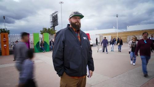 Volunteers, activists, journalists interrogated at border about caravan