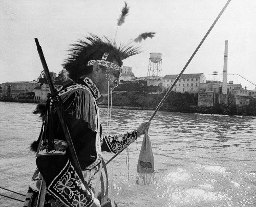 Richard Oakes led Native Americans to occupy Alcatraz in 1969 — his tragic story is finally being told - Los Angeles Times