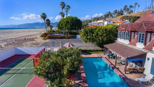 Santa Monica beach house with a Hollywood history sells for $8 million