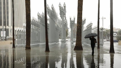L.A. sunshine will be short-lived. Here come showers and snow, forecasters say