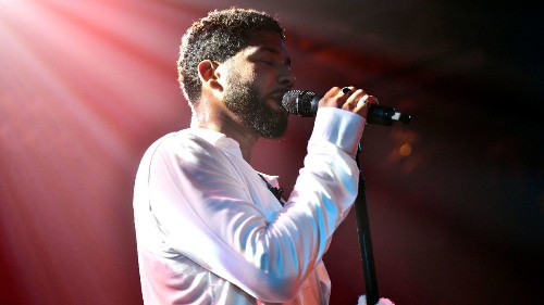 Jussie Smollett performs at Troubadour just days after Chicago attack: 'I had to be here tonight'