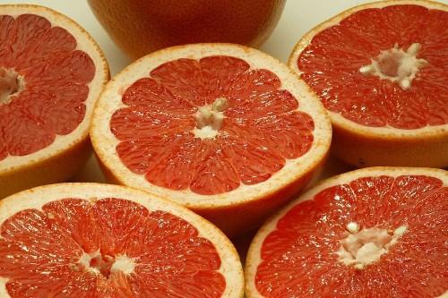Slim down with grapefruit juice? Berkeley study adds weight to idea