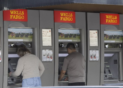 5 big banks fail to make good plans in case of crisis. What does that mean? - Los Angeles Times