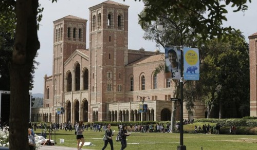 Amid measles fears, more than 300 students and staff at L.A. universities are quarantined