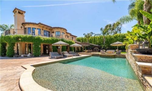 Kaley Cuoco lists Tarzana mansion she bought from Lamar Odom and Khloe Kardashian