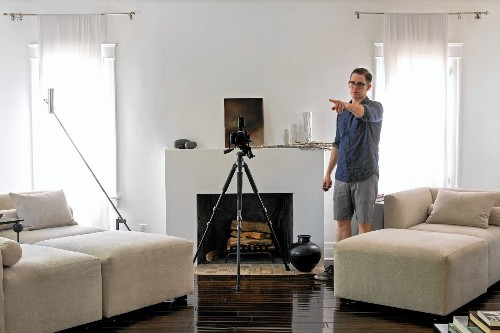 Pro photographers labor to show properties in a better light - Los Angeles Times