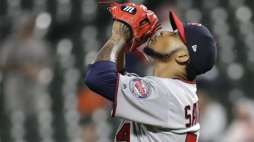 MLB notes: Ervin Santana agrees to minor-league deal with White Sox