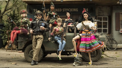 Review: Robert Zemeckis' psychodrama 'Welcome to Marwen' is muddled, misguided — and weirdly compelling
