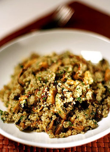 Recipe: Quinoa salad with shiitakes, fennel and cashews