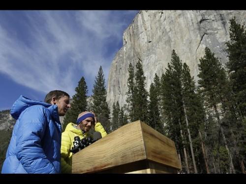 Yosemite climbers pass another milestone in El Capitan free climb - Los Angeles Times
