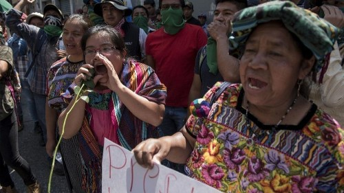Trump administration expresses little concern after Guatemalan president closes anti-corruption commission - Los Angeles Times