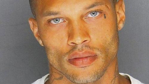 Jeremy Meeks, whose handsome mugshot went viral, sentenced to prison - Los Angeles Times