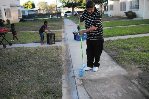 L.A. to test Jordan Downs soil for lead contamination - Los Angeles Times