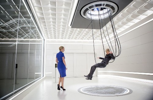'Insurgent' kicks off with $54 million at box office
