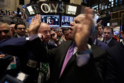 Dow plunges 312 points as oil price drop pummels energy stocks - Los Angeles Times