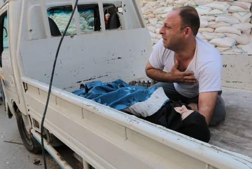 'Barrel bomb' use in Syria said to escalate despite U.N. ban - Los Angeles Times