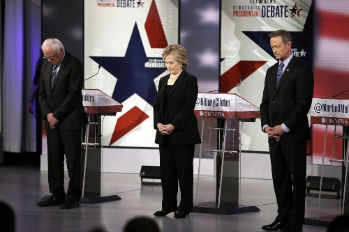 In debate after Paris attacks, Clinton earns the advantage on foreign policy - Los Angeles Times
